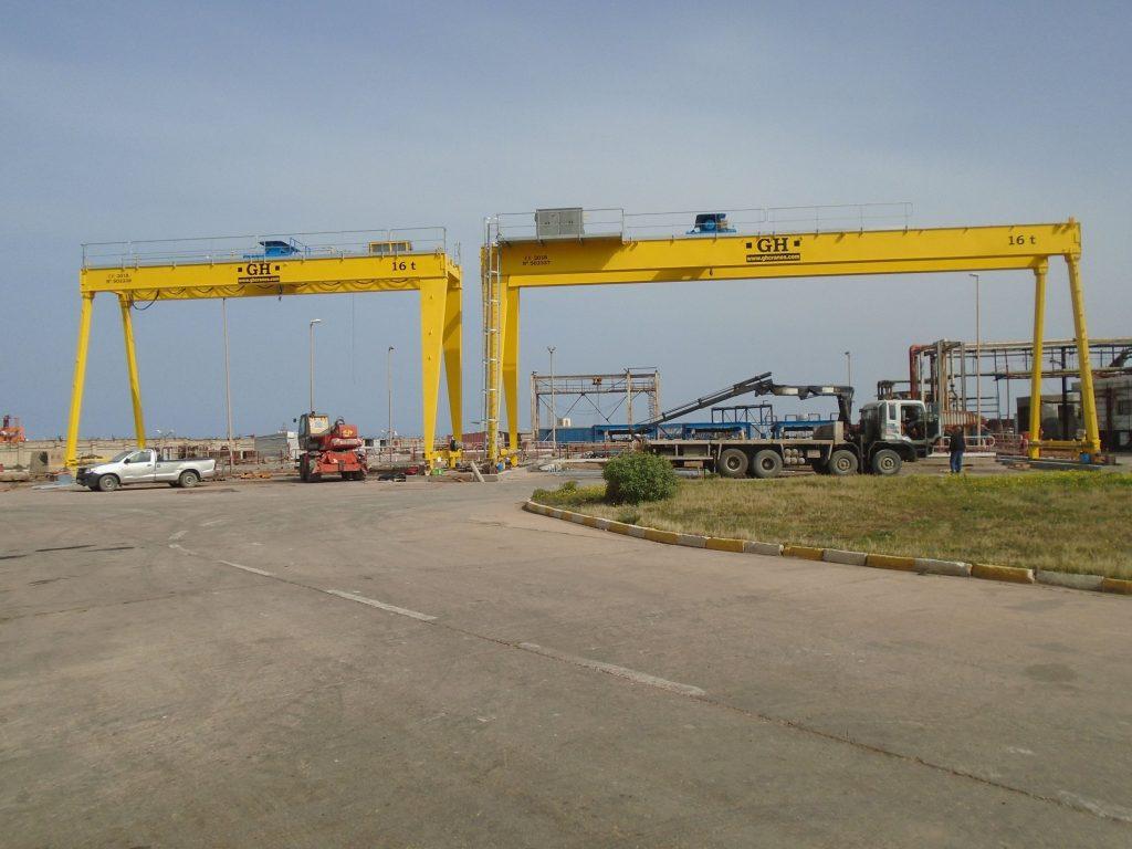 portiques capacité 16 tonnes
